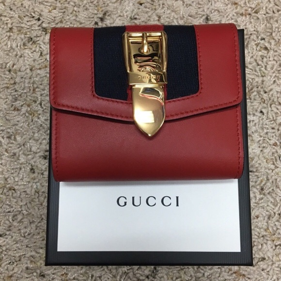 85cc0507c185 Gucci Bags | Authentic Sylvie Leather Wallet | Poshmark